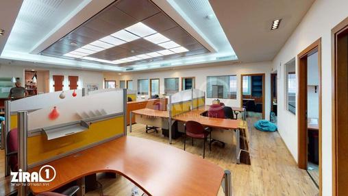 משרד בבניין בית פנינת הסיטי | קומה 1 | שטח 300מ״ר  | תמונה #13 - 1
