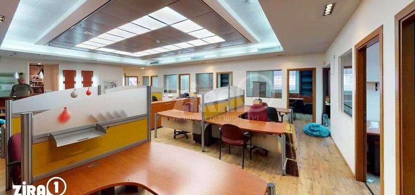 משרד בבניין בית פנינת הסיטי   קומה 1   שטח 300מ״ר    תמונה #0 - 1