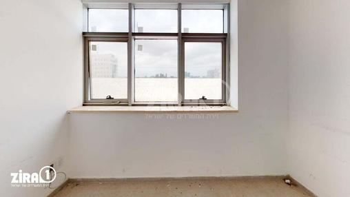 משרד בבניין בית פתן | קומה 1 | שטח 100מ״ר  | תמונה #2 - 1