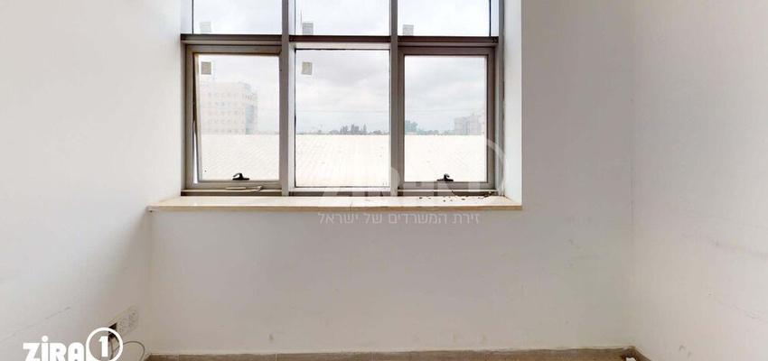 משרד בבניין בית פתן | קומה 1 | שטח 100מ״ר  | תמונה #0 - 1