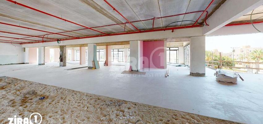 משרד בבניין דוד סנטר   קומה 1   שטח 1300מ״ר    תמונה #0 - 1