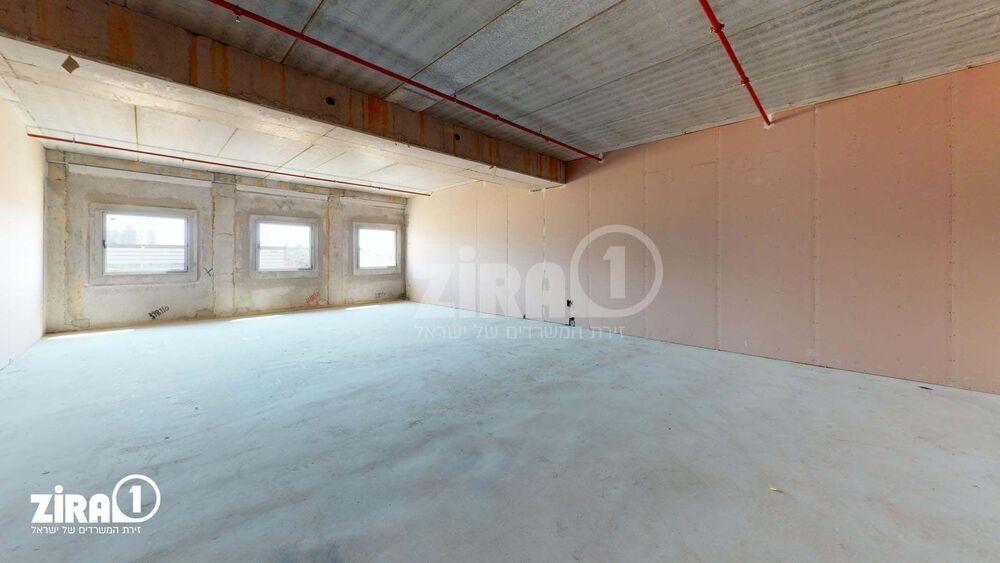 משרד בבניין בית שירה | קומה 1 | שטח 146מ״ר  | תמונה #0 - 1