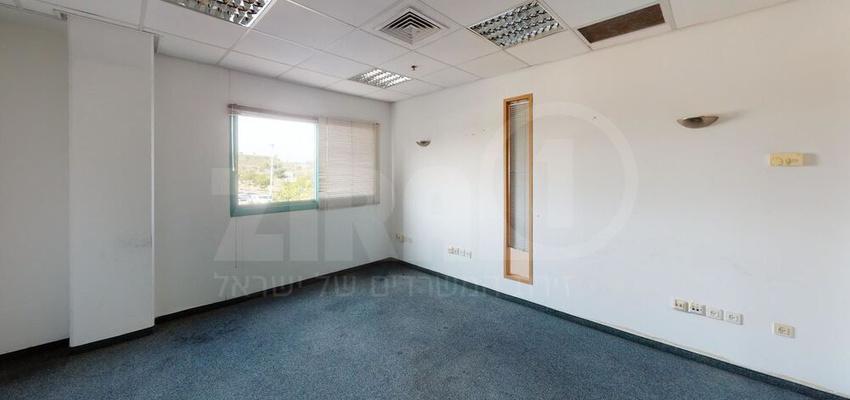 משרד בבניין הנגר 1/החרש 29   קומה 1   שטח 280מ״ר    תמונה #0 - 1