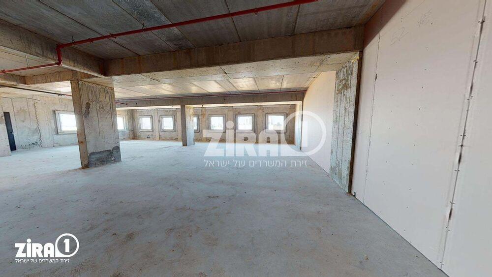 משרד בבניין בית שירה | קומה 1 | שטח 301מ״ר  | תמונה #0 - 1