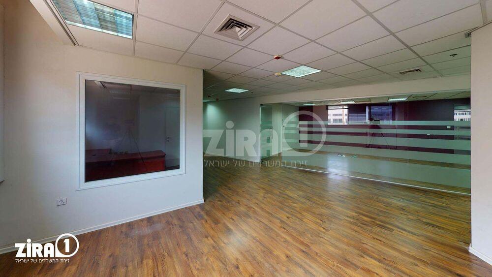 משרד בבניין בית אוליאל   קומה 1   שטח 470מ״ר    תמונה #0 - 1
