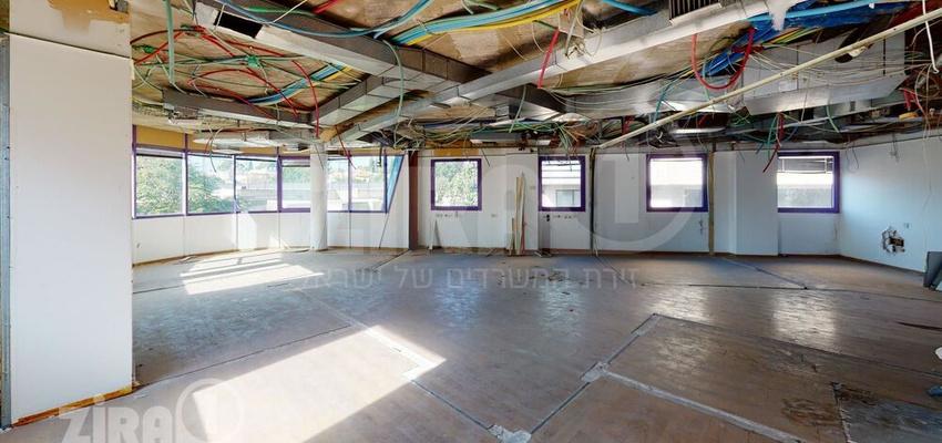 משרד בבניין בית ויקטוריה | קומה 1 | שטח 860מ״ר  | תמונה #0 - 1