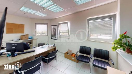 משרד בבניין קניון גירון | קומה 1 | שטח 350מ״ר  | תמונה #1 - 1