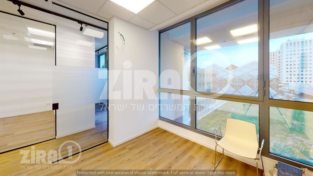 משרד בבניין בית מנצור 1   קומה 3   שטח 95מ״ר    תמונה #0 - 1