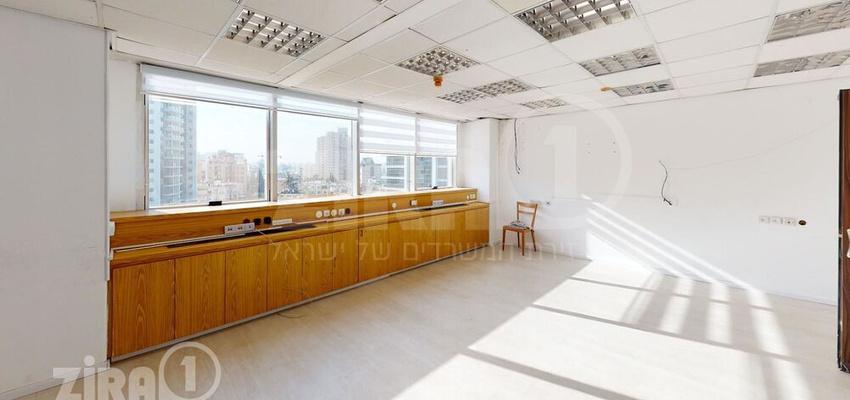 משרד בבניין מגדלי התאומים- בניין 1 | קומה 7 | שטח 66מ״ר  | תמונה #0 - 1