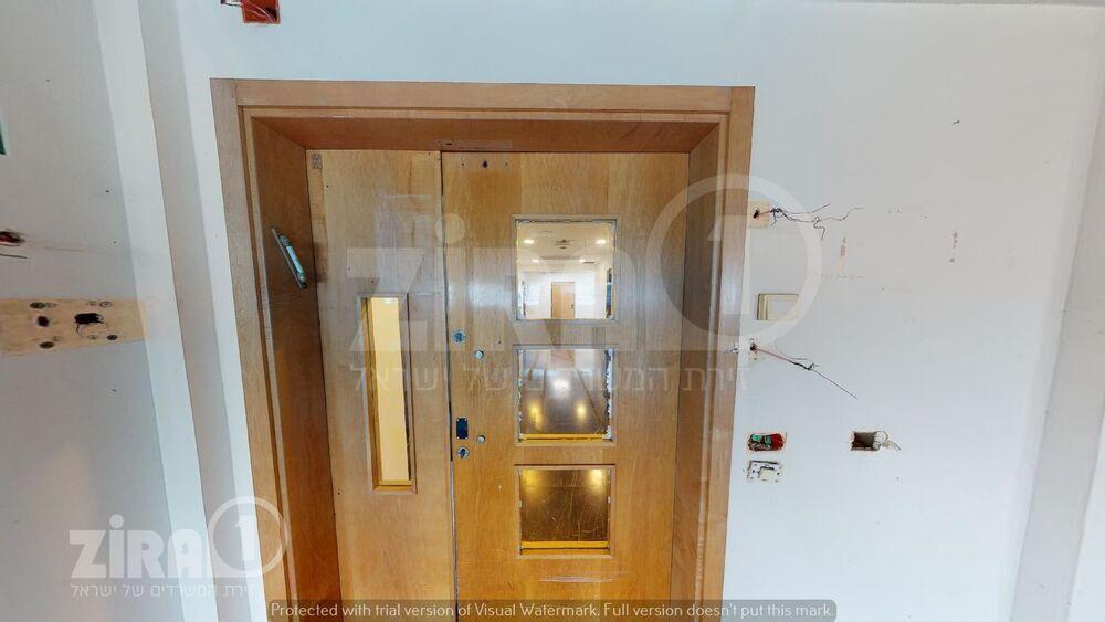 משרד בבניין  בית אמפא  -הרצליה ספיר 1 | קומה 3 | שטח 1040מ״ר  | תמונה #0 - 1