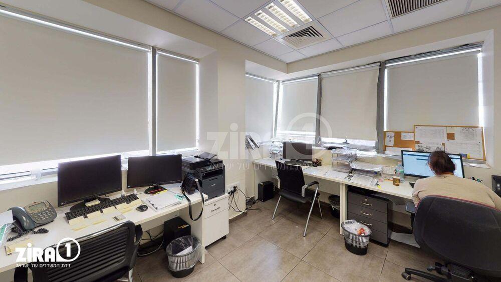 משרד בבניין פרימיום סנטר | קומה 3 | שטח 90מ״ר  | תמונה #0 - 1