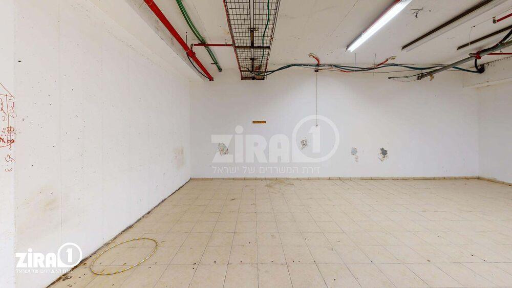 משרד בבניין בית מוסקט | קומה: 1 | שטח 94 תמונה | מ׳׳ר #16 - 1