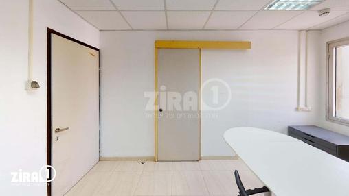 משרד בבניין בית הקרן - באר שבע | קומה 5 | שטח 16מ״ר  | תמונה #18 - 1