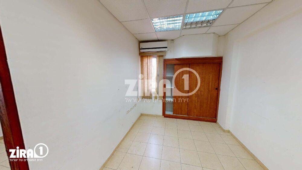 משרד בבניין בית הקרן - באר שבע | קומה 5 | שטח 32מ״ר  | תמונה #0 - 1