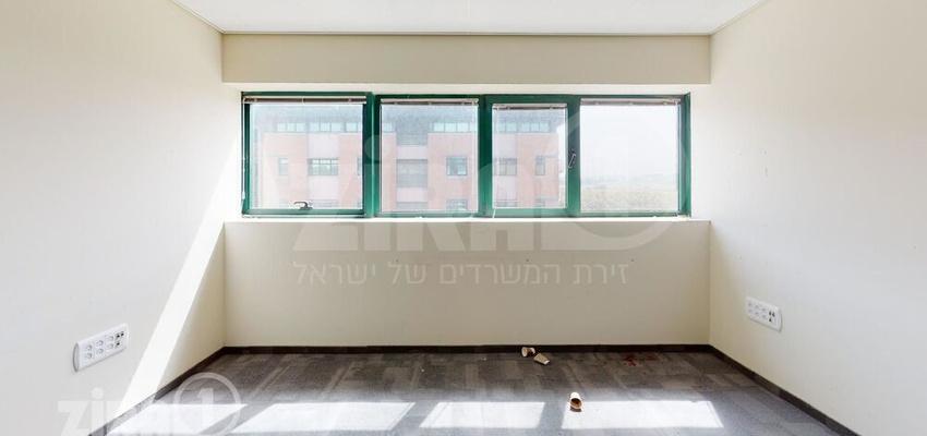 משרד בבניין יורופארק בניין צרפת | קומה 1 | שטח 900מ״ר  | תמונה #0 - 1