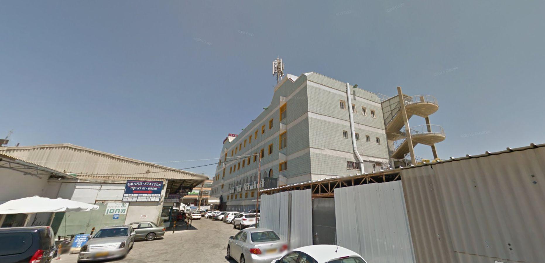 בניין שדרות ההסתדרות 60 בחיפה   רמת הבניין classC   תמונה #0 - 1