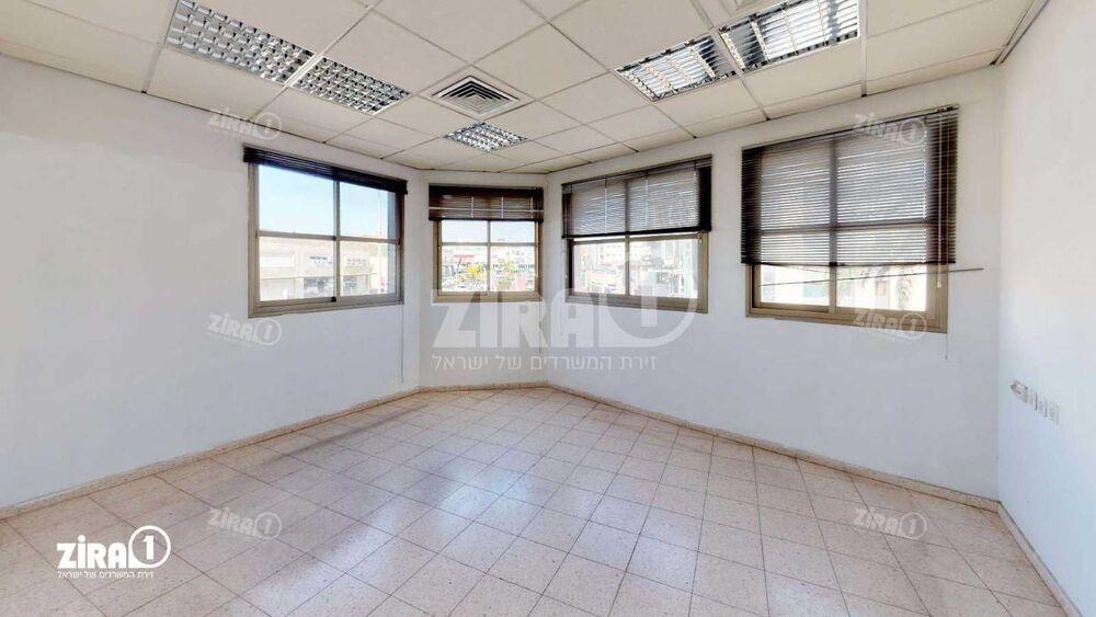 משרד בבניין גינזבורג 12 | קומה: 1 | שטח 320 תמונה | מ׳׳ר #9 - 1