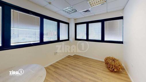 משרד בבניין בית מולכו | קומה 1 | שטח 240מ״ר  | תמונה #8 - 1