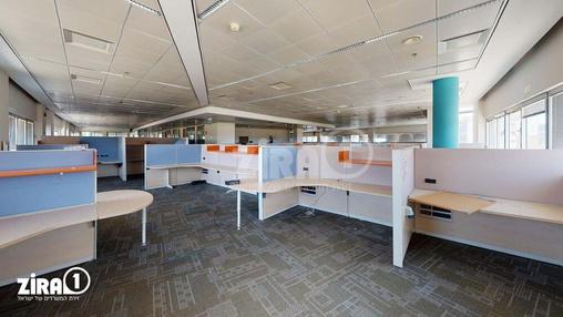 משרד בבניין בית מוטורולה | קומה 1 | שטח 2460מ״ר  | תמונה #2 - 1