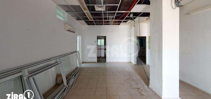 משרד בבניין בניין הפורום | קומה 2 | שטח 160מ״ר  | תמונה #0 - 1