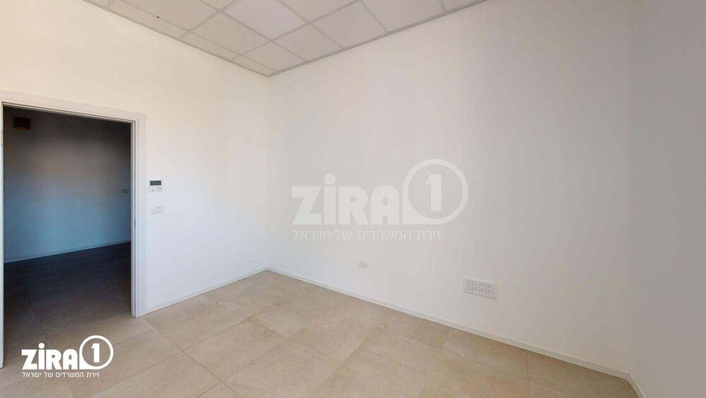 משרד בבניין בניין קורן 2 | קומה 4 | שטח 34מ״ר  | תמונה #0 - 1