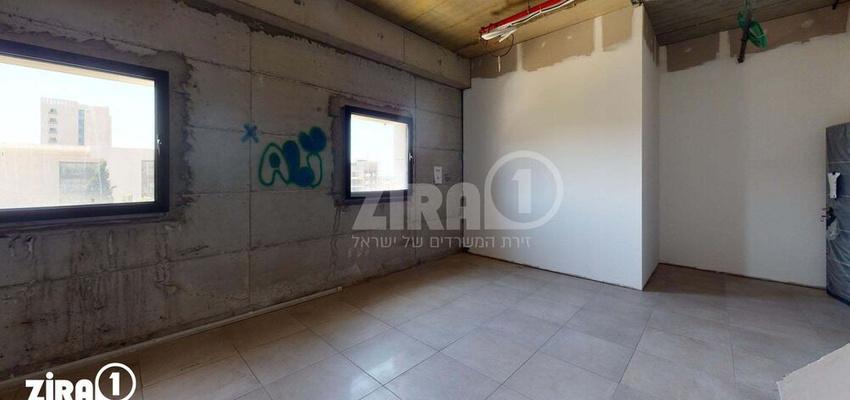 משרד בבניין בניין קורן 2 | קומה 4 | שטח 65מ״ר  | תמונה #0 - 1