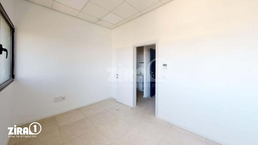 משרד בבניין בניין קורן 2 | קומה 7 | שטח 33מ״ר  | תמונה #23 - 1