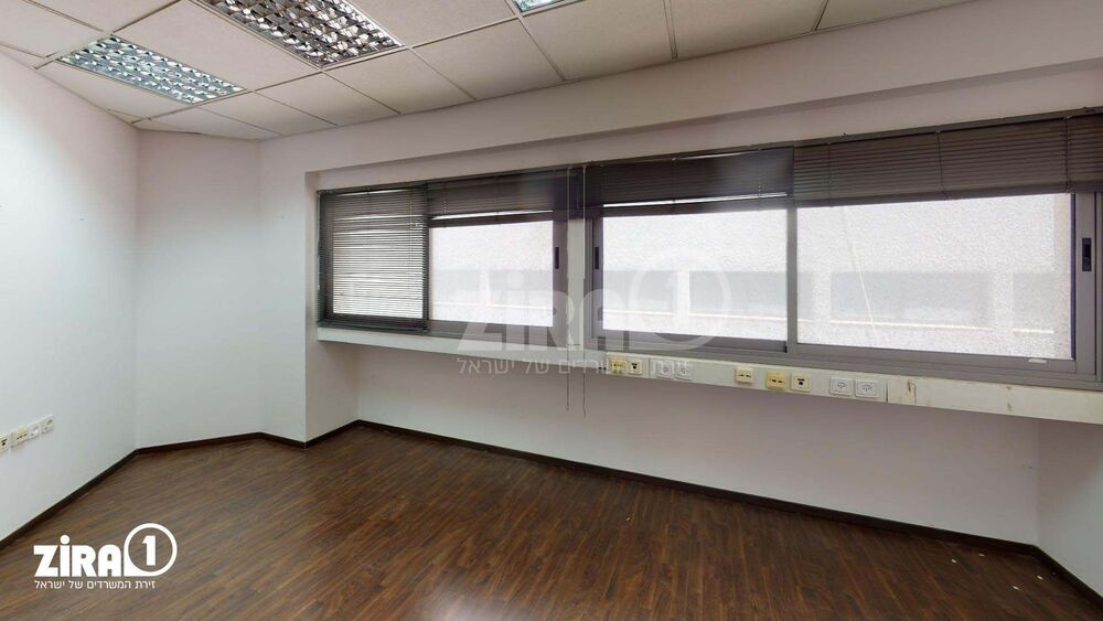 משרד בבניין הכשרת הישוב  | קומה 2 | שטח 195מ״ר  | תמונה #0 - 1
