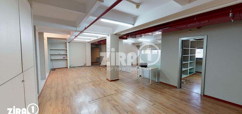 משרד בבניין מרכזים 2000   קומה 1   שטח 140מ״ר    תמונה #0 - 1