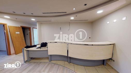 משרד בבניין הלויל סלע 2000 | קומה 1 | שטח 245מ״ר  | תמונה #8 - 1