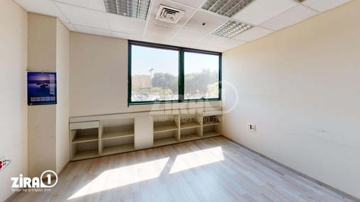משרד בבניין הלויל סלע 2000 | קומה 1 | שטח 245מ״ר  | תמונה #23 - 1