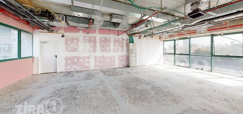 משרד בבניין הלויל סלע 2000 | קומה 3 | שטח 370מ״ר  | תמונה #0 - 1