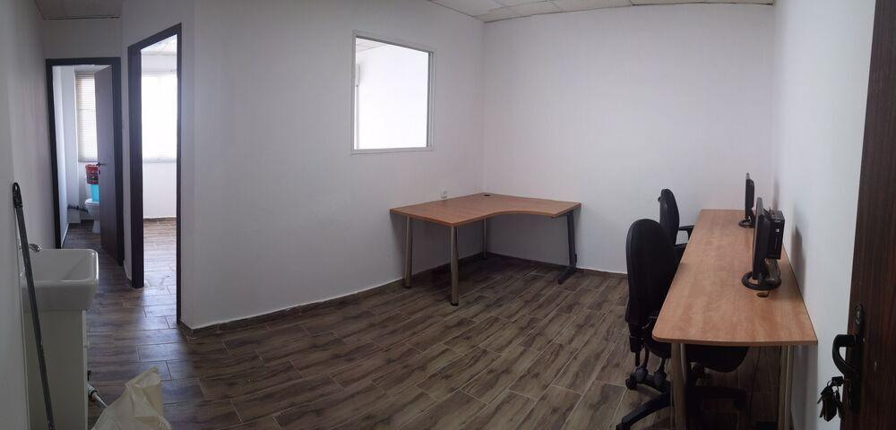 משרד בבניין הבנאים 7   קומה: 1   שטח 30 תמונה   מ׳׳ר #14 - 1