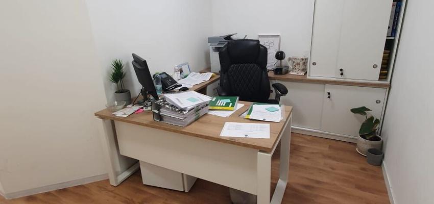 משרד בבניין בית שערי העיר | קומה 2 | שטח 44מ״ר  | תמונה #0 - 1