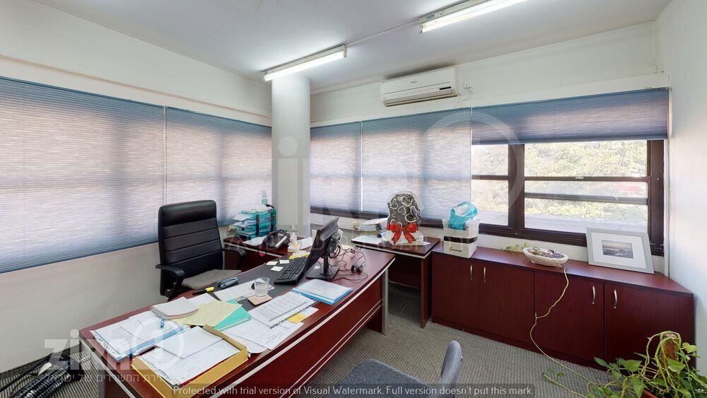 משרד בבניין חטיבה תשע 21   קומה 2   שטח 250מ״ר    תמונה #0 - 1