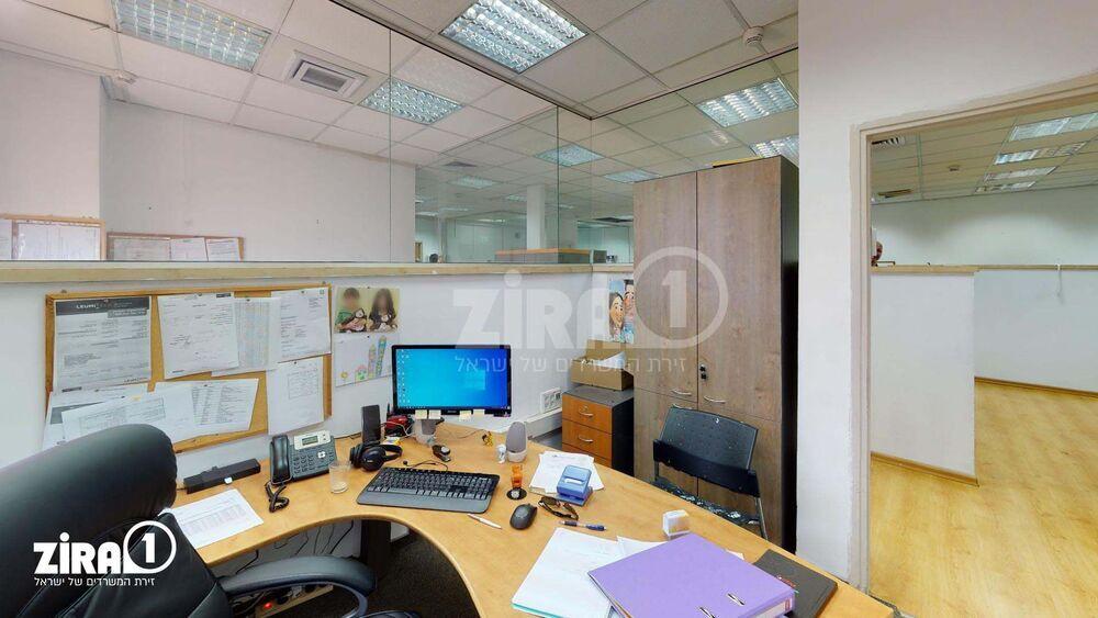משרד בבניין פארק דניב - בית גילת 3 | קומה: 3 | שטח 184 תמונה | מ׳׳ר #0 - 1