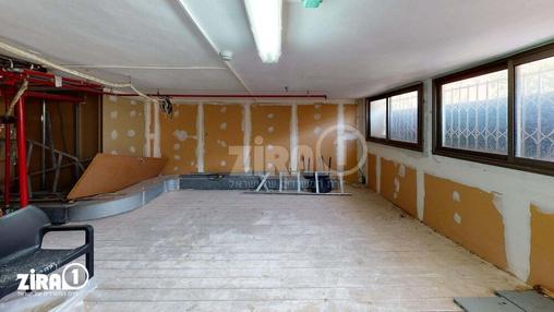 משרד בבניין בית צוק | קומה null | שטח 122מ״ר  | תמונה #21 - 1