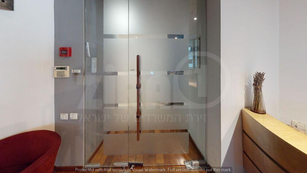 משרד בבניין מגדל לוינשטיין  | קומה 5 | שטח 214מ״ר  | תמונה #0 - 1
