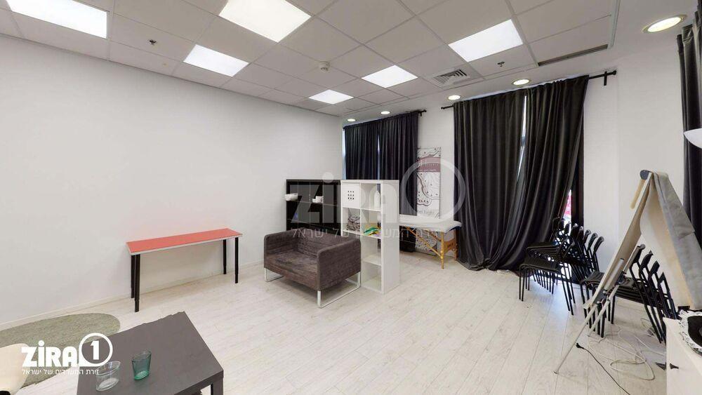 משרד בבניין מגדלי זיו- בניין A | קומה 0 | שטח 100מ״ר  | תמונה #0 - 1