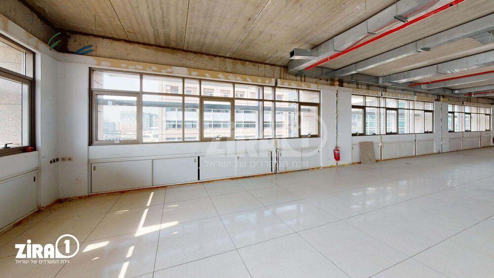 משרד בבניין מגדלי זיו- בניין C | קומה 8 | שטח 800מ״ר  | תמונה #0 - 1