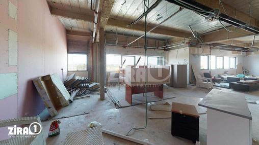 משרד בבניין בזל 25 | קומה 5 | שטח 200מ״ר  | תמונה #1 - 1