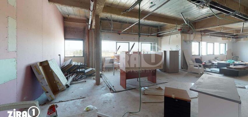 משרד בבניין בזל 25   קומה 5   שטח 200מ״ר    תמונה #0 - 1