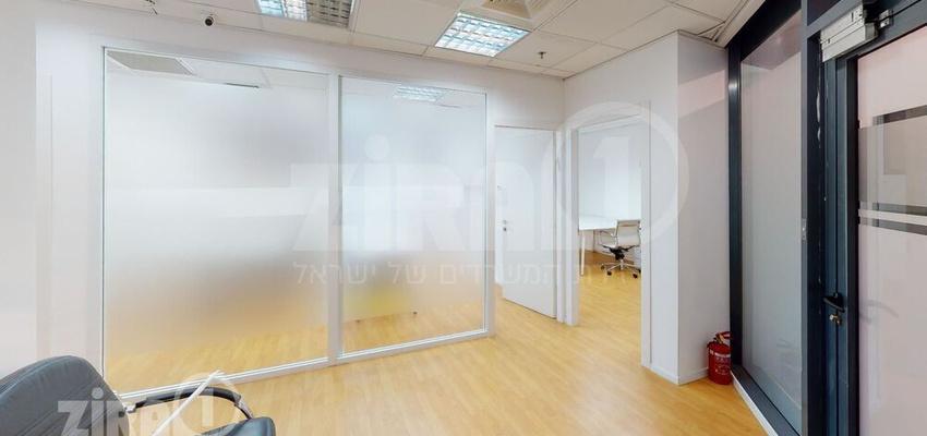 משרד בבניין בניין שטרן | קומה 0 | שטח 125מ״ר  | תמונה #0 - 1