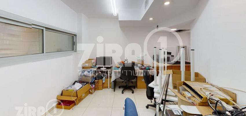 משרד בבניין התעשייה 25   קומה 1   שטח 70מ״ר    תמונה #0 - 1