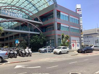 בניין שדרות ההסתדרות 25 בחיפה | רמת הבניין classB | תמונה #1 - 1