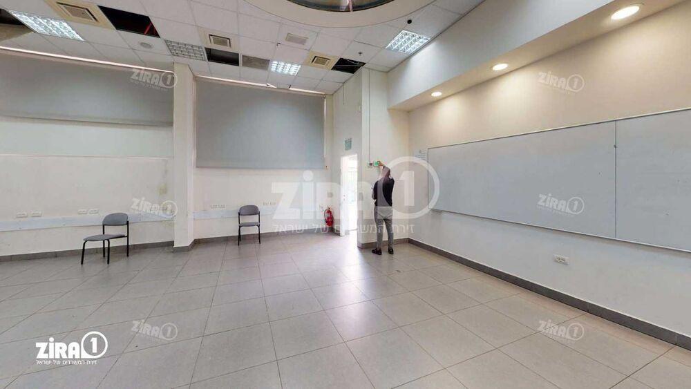 משרד בבניין היוצרים 2 | קומה 0 | שטח 1000מ״ר  | תמונה #0 - 1
