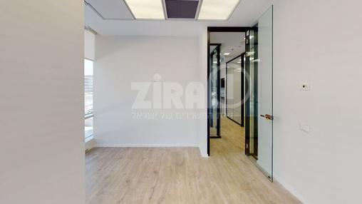 משרד בבניין מרכז עזריאלי חולון - בניין B | קומה 1 | שטח nullמ״ר  | תמונה #11 - 1