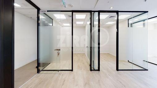 משרד בבניין מרכז עזריאלי חולון - בניין B | קומה 1 | שטח nullמ״ר  | תמונה #14 - 1