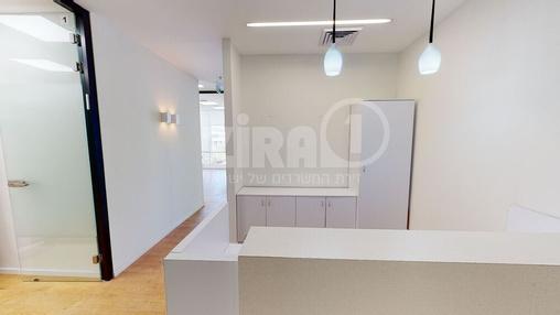משרד בבניין מרכז עזריאלי חולון - בניין B | קומה 2 | שטח nullמ״ר  | תמונה #15 - 1