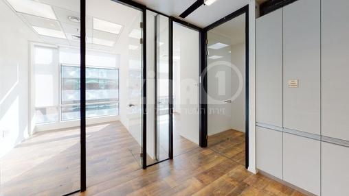 משרד בבניין מרכז עזריאלי חולון - בניין C | קומה 6 | שטח nullמ״ר  | תמונה #7 - 1